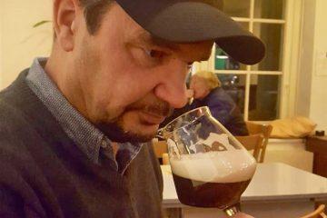 Der Biersommlier ist ein Experte für Biergenuss